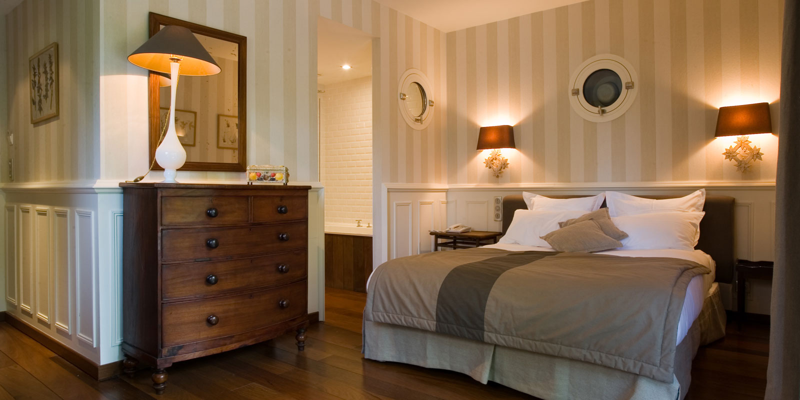 h tels l ge cap ferret. Black Bedroom Furniture Sets. Home Design Ideas