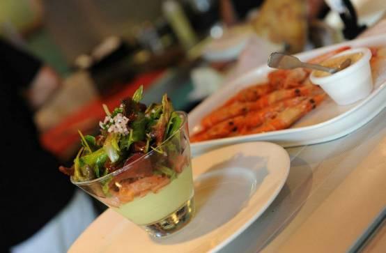 Restaurants Lege Cap Ferret Ouvert Le  Decembre Midi