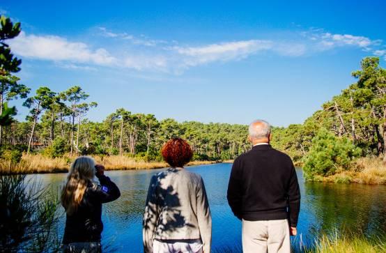 Réservoirs de Piraillan : Point de vue, image d'un monde